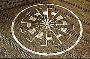 25 erstaunlich komplexe Crop Circle Designs