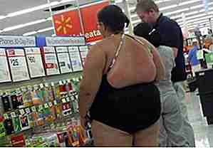 25 Hilarious Photos Of Some Crazy People Shopping på Wal-Mart